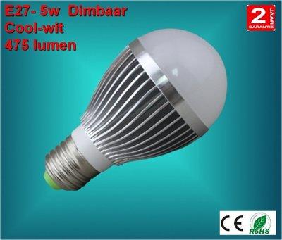 E27 lamp 5watt Warm-wit Dimbaar
